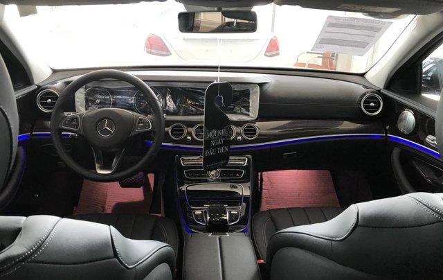 Cần bán Mercedes E200 2019 chỉ đóng thuế 2% trả trước 650 triệu, gọi ngay 09082998296