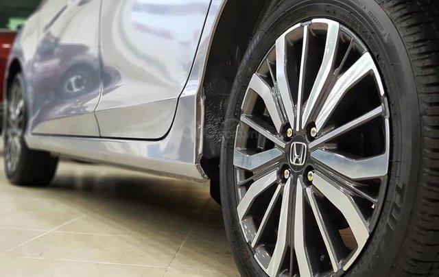 Giảm giá tiền mặt và gói phụ đi kèm, khi mua xe Honda City 1.5 TOP CVT đời 2019, màu xám0