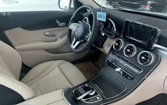 Mercedes Benz C 200 2019 ưu đãi trước bạ3