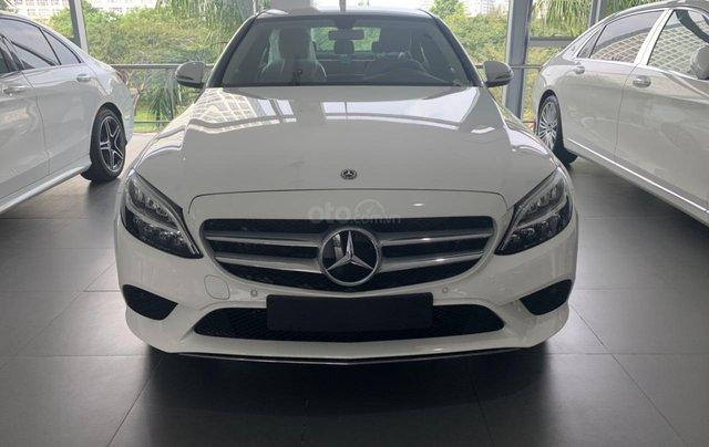 Mercedes Benz C 200 2019 ưu đãi trước bạ1