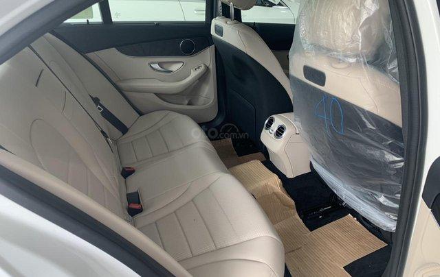Mercedes Benz C 200 2019 ưu đãi trước bạ4