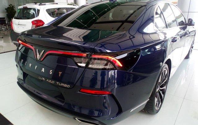 Vinfast Ô Tô Mỹ Đình bán nhanh chiếc xe VinFast LUX A2.0 năm sản xuất 2019, màu xanh lam1