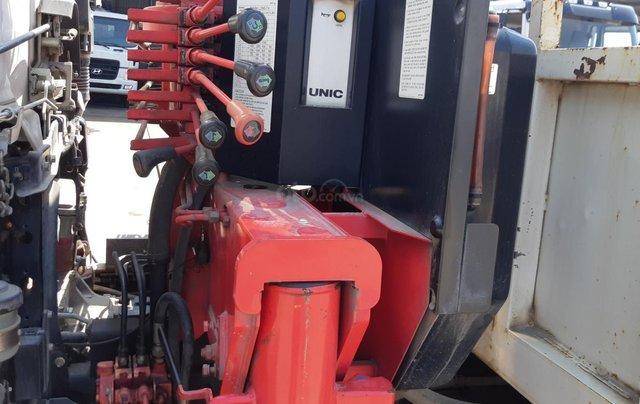 Xe tải Hino FC9JLSW gắn cần cẩu Unic 3 tấn 5 khúc đời 20151