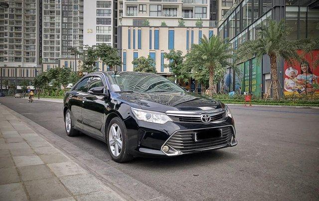 Bán ô tô Toyota Camry sản xuất 2015, màu đen còn mới giá 845 triệu đồng0