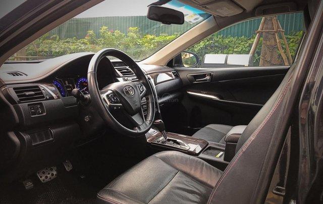 Bán ô tô Toyota Camry sản xuất 2015, màu đen còn mới giá 845 triệu đồng9