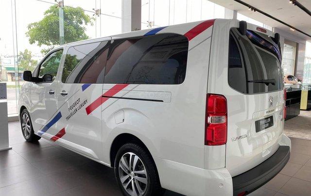 Traveller Luxury - MPV gia đình - Ưu đãi hấp dẫn Tết - Liên hệ 09389018692