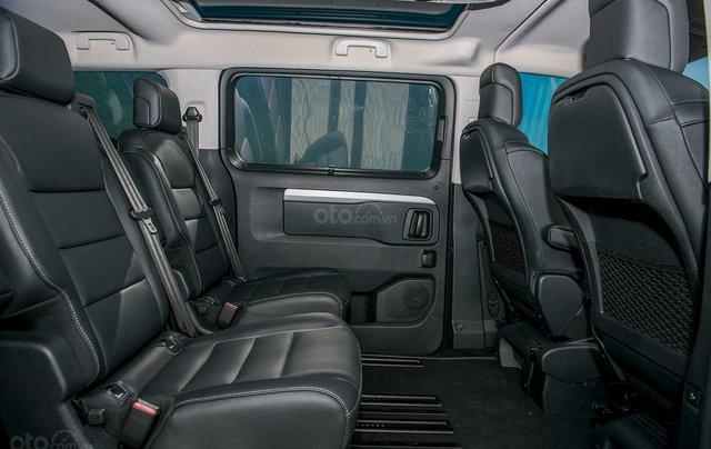 Traveller Luxury - MPV gia đình - Ưu đãi hấp dẫn Tết - Liên hệ 09389018697