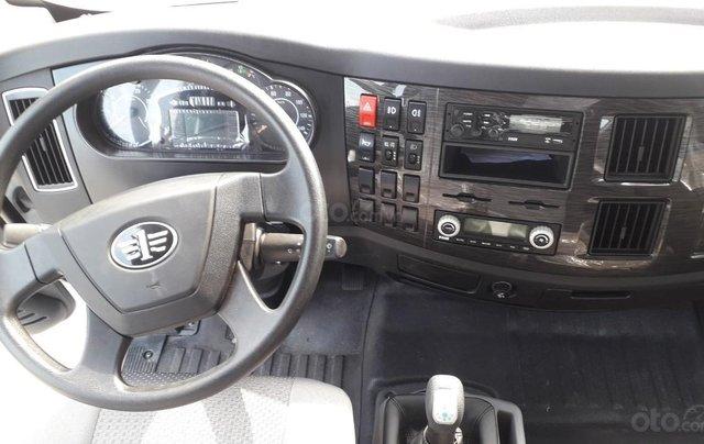 Bán Faw xe tải thùng năm 2019, màu trắng, xe nhập2
