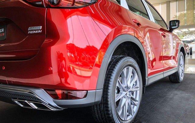 Xả hàng cuối năm chiếc xe Mazda CX 5  New Deluxe đời 2019, màu đỏ5
