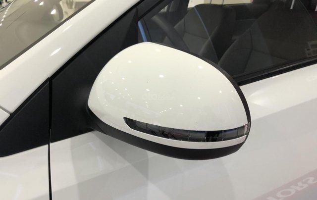 Xe mới, bán xe Kia Soluto số sàn 2019 trả trước chỉ từ 123 triệu là có xe, Hotline: Tâm 09388056358