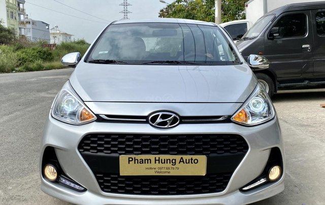 Cần bán Hyundai Grand i10 đời 2017, màu bạc, nhập khẩu nguyên chiếc0