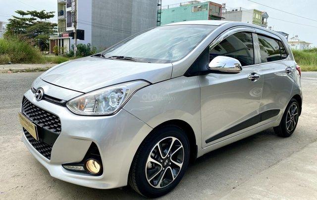 Cần bán Hyundai Grand i10 đời 2017, màu bạc, nhập khẩu nguyên chiếc2