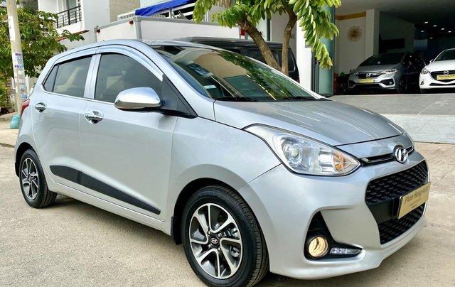 Cần bán Hyundai Grand i10 đời 2017, màu bạc, nhập khẩu nguyên chiếc3
