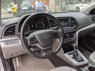 Bán ô tô Hyundai Elantra như mới đời 20172