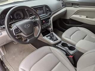 Bán ô tô Hyundai Elantra như mới đời 20174