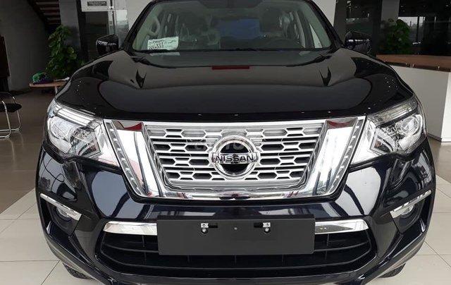 Giảm ngay 180 triệu + quà tặng phụ kiện hấp dẫn, khi mua xe  Nissan Terra V sản xuất 2019, màu đen, xe nhập