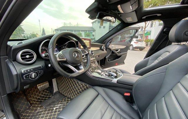 Cần bán Mercedes C300 sản xuất 2016 màu đen7