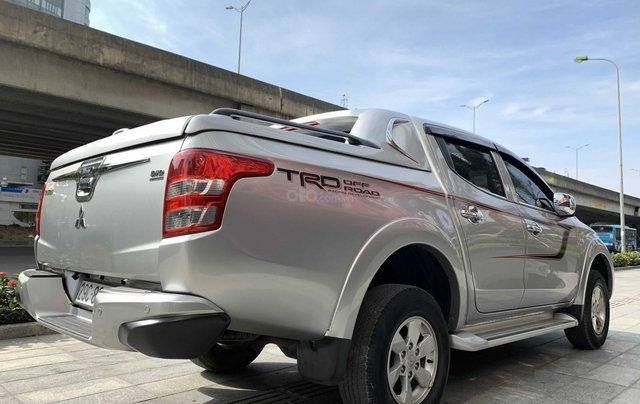 Cần bán xe Mitsubishi Triton năm 2017, màu bạc mới 95% 1 chủ giá chỉ 508 triệu đồng3
