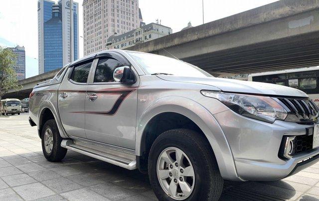 Cần bán xe Mitsubishi Triton năm 2017, màu bạc mới 95% 1 chủ giá chỉ 508 triệu đồng4