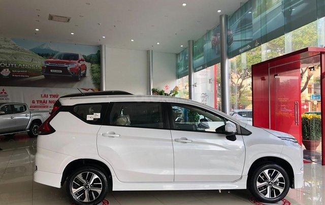 Giảm giá sốc cuối năm chiếc xe Mitsubishi Xpander MT, 7 chỗ, sản xuất 2019, màu trắng1