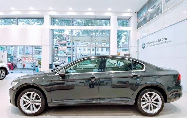 0936861577 - Bán xe Volkswagen Passat Bluemotion Comfort / High - Khuyến mãi khủng giảm 180 triệu1