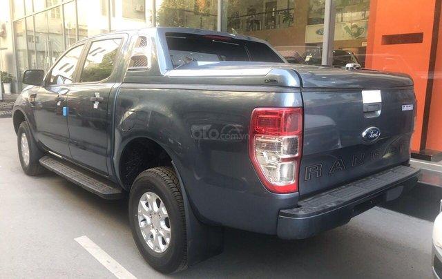 Chỉ với 150 triệu đồng bạn đã là chủ sở hữu chiếc xe bán tải XLS AT 2019 với giá bán 643 triệu, liên hệ 09786645241