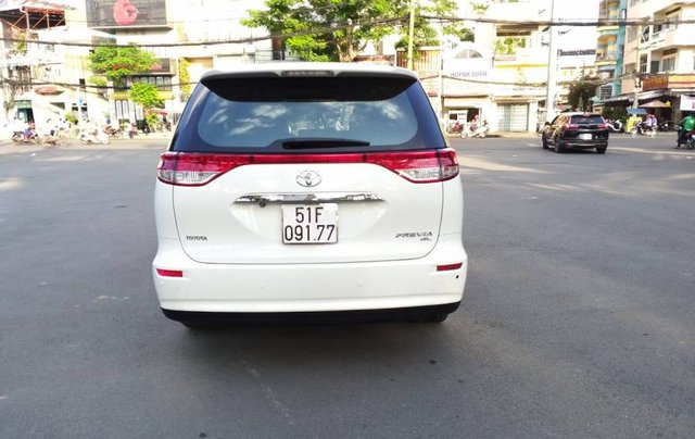 Bán Toyota Previa 2010, màu trắng, nhập khẩu  3