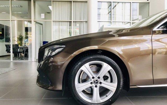 Bán Mercedes E250 năm sản xuất 2019, màu nâu, nhập khẩu như mới4