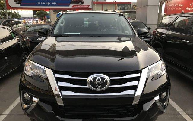 Cần bán xe Toyota Fortuner 2.4MT năm sản xuất 2019, màu đen, tặng phụ kiện chính hãng5