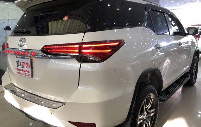 Cần bán Toyota Fortuner 2.7V năm 2019, màu trắng, xe nhập 5