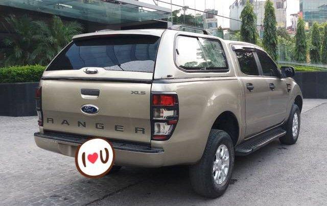 Bán Ford Ranger 2.2AT sản xuất năm 2016, màu vàng, nhập khẩu 3