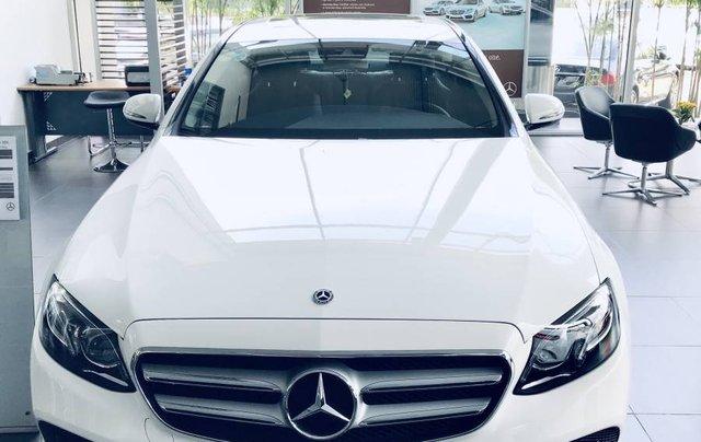 Bán Mercedes E250 sản xuất năm 2019, màu trắng, nhập khẩu 0
