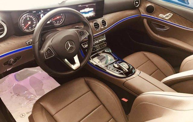 Bán Mercedes E250 sản xuất năm 2019, màu bạc, nhập khẩu như mới1