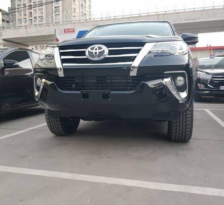 Cần bán xe Toyota Fortuner 2.4MT năm sản xuất 2019, màu đen, tặng phụ kiện chính hãng6
