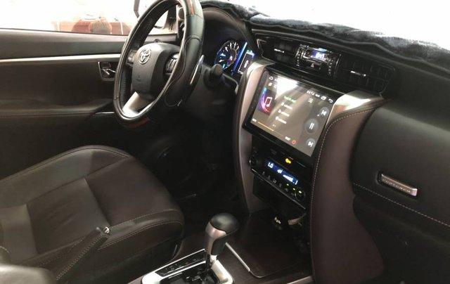 Cần bán Toyota Fortuner 2.7V năm 2019, màu trắng, xe nhập 8
