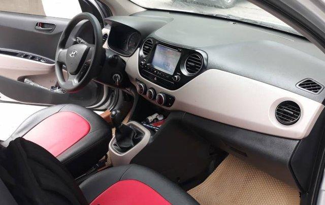 Cần bán Hyundai Grand i10 năm 2017, màu bạc, nhập khẩu 2