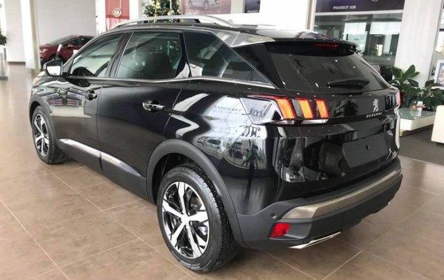 Cần bán gấp xe cũ Peugeot 3008 năm 2018, màu đen1