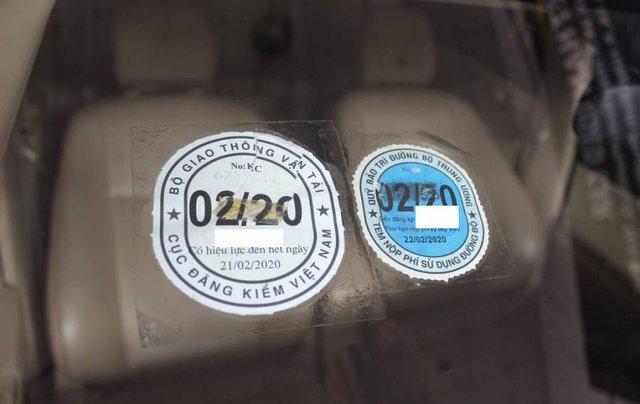 Bán xe Toyota Vios sản xuất năm 2017, màu xám, giá cạnh tranh8
