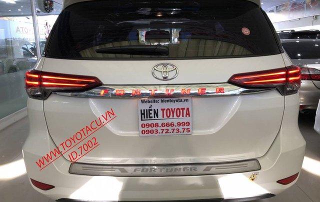 Cần bán Toyota Fortuner 2.7V năm 2019, màu trắng, xe nhập 7
