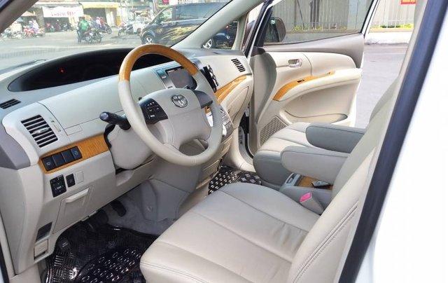 Bán Toyota Previa model 2010, xe gia đình ít sử dụng9