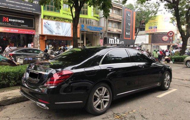 Bán Mercedes S450L sản xuất năm 2018, màu đen, chính chủ1