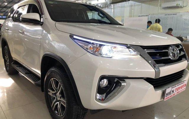Cần bán Toyota Fortuner 2.7V năm 2019, màu trắng, xe nhập 0