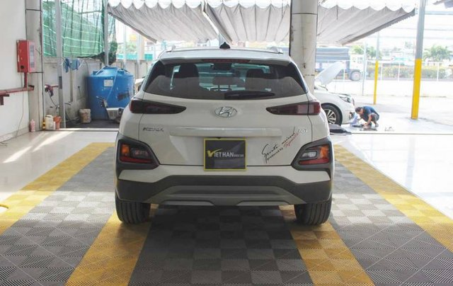 Bán ô tô Hyundai Kona 2018, màu trắng, giá tốt2