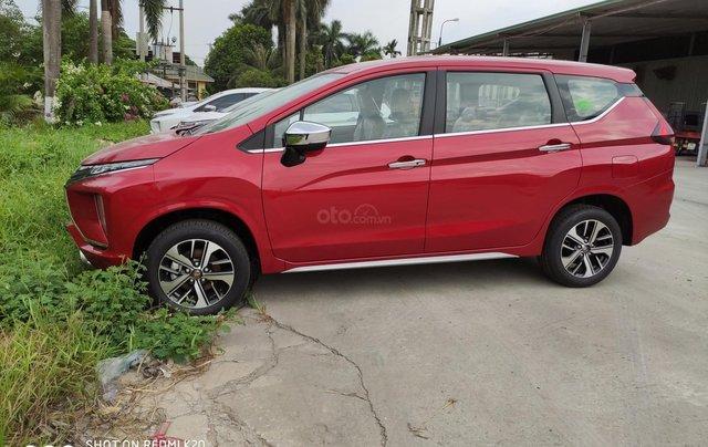 Bán xe mitsubishi Xpander nhập khẩu, màu đỏ4