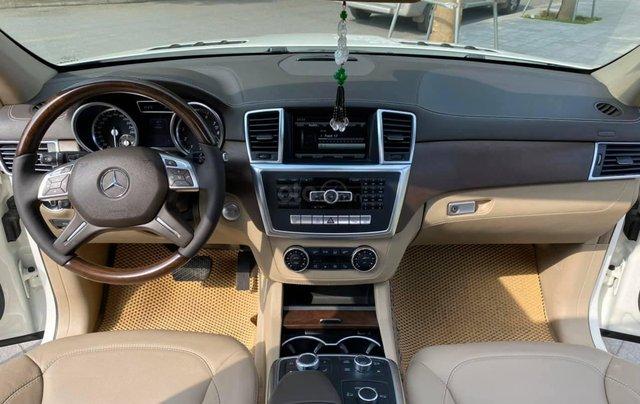 Bán ô tô Mercedes GL500 4Matic model 2015 màu trắng, nhập khẩu nguyên chiếc3