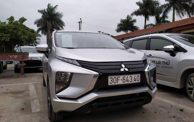Bán xe Mitsubishi Xpander nhập khẩu, màu bạc3