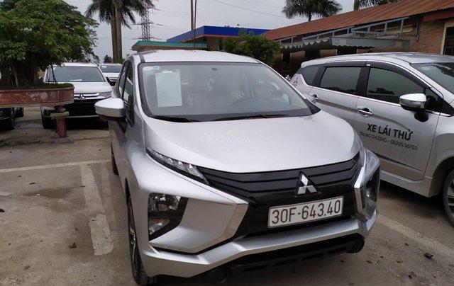 Bán xe Mitsubishi Xpander nhập khẩu, màu bạc2