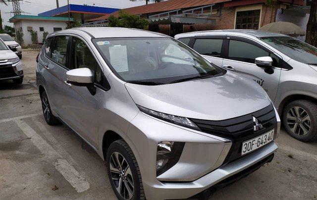 Bán xe Mitsubishi Xpander nhập khẩu, màu bạc4