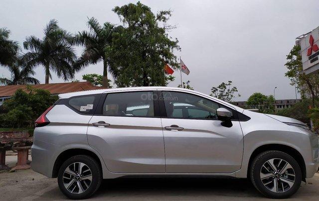 Bán xe Mitsubishi Xpander nhập khẩu, màu bạc6
