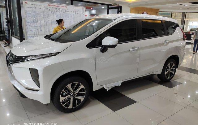 Bán Mitsubishi xpander nhập khẩu, màu trắng4